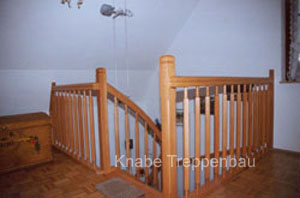 http://www.tischlerei-knabe.de/media/Treppen/gel2.jpg