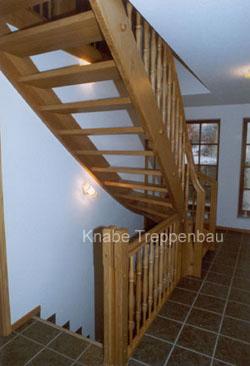 http://www.tischlerei-knabe.de/media/Treppen/geschl3.jpg