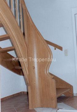 http://www.tischlerei-knabe.de/media/Treppen/kruemm2.jpg